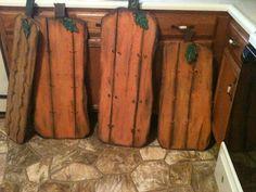 primitive pallet pumpkins