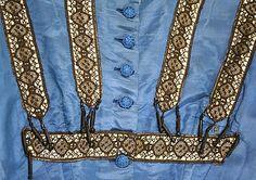 MET+blue+silk+64+3.jpg 534×376 pixels