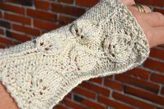 Pulswärmer - Pulswärmer Handschuhe aus Wolle - ein Designerstück von wollkaethe…