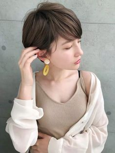 Pin on ヘアースタイル Asia Girl, Female Images, Short Cuts, Hair Designs, Hair Lengths, Asian Woman, Really Cool Stuff, Short Hair Styles, Hair Cuts