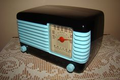 Philco Transitone Bakelite Deco Radio.Aqua and Black Lacquer #Philco