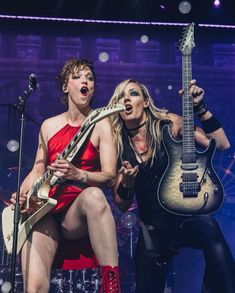 Lzzy Hale and Nita Strauss 2019 Nita Strauss, Rock And Roll Girl, Ladies Of Metal, Bass, Heavy Metal Girl, Lzzy Hale, Women Of Rock, Rocker Girl, Guitar Girl