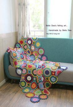 꽃들의 향연 - 꽃 모양 모티브 블랭킷 도안 , 손뜨개 커튼 만들기 [ 앵콜스뜨개실 , 벨라디아 ] : 네이버 블로그 Diy And Crafts, Blanket, Blog, Handmade, Shawls, Ponchos, Hand Made, Blogging, Blankets