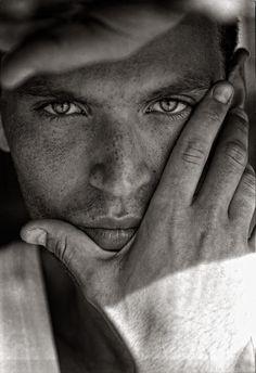 Portfolio_Portraits_Alessandro.jpg (500×730)