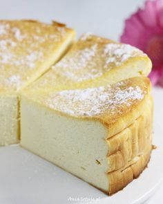 Sernik wiedeński.    Viennese cheesecake. Desserts For A Crowd, Cute Desserts, Cookie Desserts, Cookie Recipes, Dessert Recipes, Polish Desserts, Polish Recipes, Cheesecake, Cream Cheese Desserts