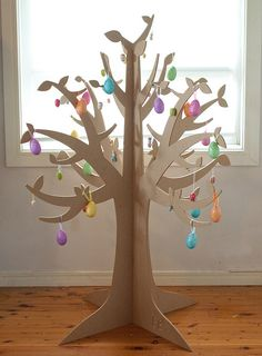 3d tree...could do for fruit of the spirit with cardboard and have kids hang fruits
