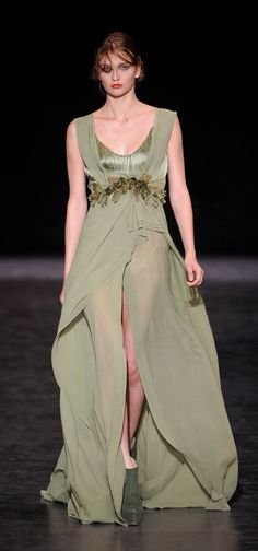 Basil Soda Paris Fashion Week Fall Winter 2013 Haute Couture - love a beautiful couture dress!!!