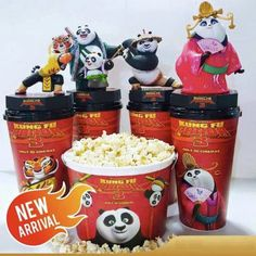Kung Fu Panda 3 Movie Theater Exclusive Cup Topper Set With 12 oz Cups 3 Movie, Movie Theater, Kung Fu Panda 3, Popcorn Bucket, Birthday Gifts, Cinema, Detangling Brush, Hermione Granger, Calming
