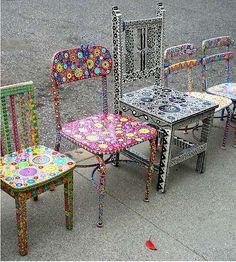 Sedie decorate - Come decorare una sedia vecchia con disegni curati fin nei minimi dettagli.