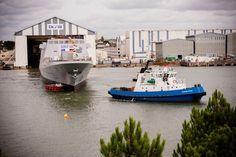 Les deux dernières frégates du programme FREMM seront bien baptisées Alsace et Lorraine. Ces noms, admis depuis un certain temps, n'avaient pas encore été réellement officialisés par le ministère de la Défense. C'est désormais chose faite, la DGA ayant précisé que la découpe de la première tôle de l'Alsace était intervenue en juin sur le site DCNS de Lorient.