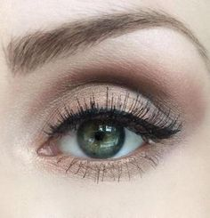 Three Looks with: Urban Decay's Naked 2