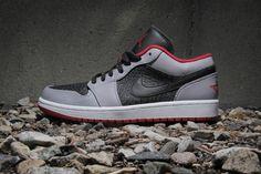 sale retailer d543c ba1b5 Air Jordan 1 Low Black Gym Red-Cement Grey. Nike KengätTennarit NikeTennis
