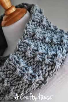 A Crafty House | Knit and Crochet Patterns: A Crafty House Free Original Pattern: Mid-December Cowl