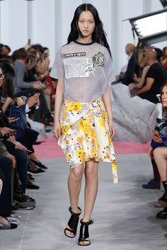 Sfilata Carven Parigi - Collezioni Primavera Estate 2017 - Vogue