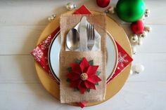 Utensilio de arpillera / porta cubiertos con Poinsettia flor Navidad vacaciones portacucharones / decoración de la mesa de Navidad / Navidad comedor