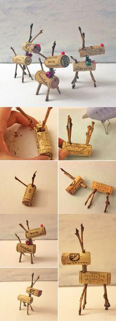 DIY Wine Cork Rustic Christmas Crafts Ideas