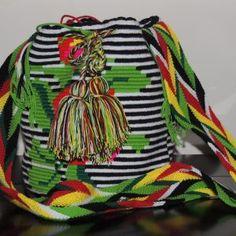 Mochilas Wayuu - Handmade - hechas a mano - bags Drawstring Backpack, Backpacks, Bags, Fashion, Totes, Purses, Fashion Styles, Backpack, Lv Bags