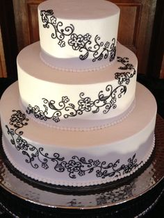 Buttercream with piped lacy detail
