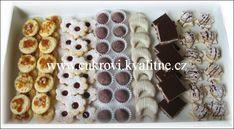ceske Vanocni cukrovicko Christmas Baking, Christmas Cookies, Waffles, Sweet Tooth, It Cast, Cereal, Breakfast, Recipes, Pastries