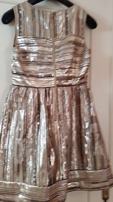 dress backview.ONLY EUR 2O.Good-as-New! size M 40/42 http://www.rainbow-onlineretail.blogspot.com