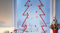 Fenster-Deko-Weihnachten-Christbaum-Papier-basteln
