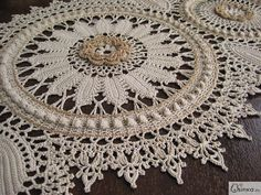 ♡ THE EDGING ON THIS IS ABSOLUTELY GORGEOUS!!! IF I COULD,  I WOULD PUT IT ON EVERYTHING I CROCHETED!!!  ♥A