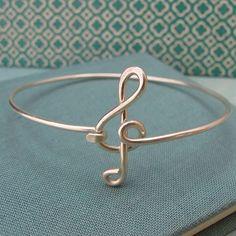 wire wrapped jewelry Ideas, Craft Ideas on wire wrapped jewelry - DIY Schmuck Ideen Copper Jewelry, Wire Jewelry, Jewelry Crafts, Jewelery, Jewelry Bracelets, Handmade Jewelry, Beaded Jewelry, Jewelry Ideas, Wire Earrings