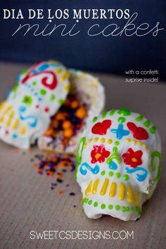 Dia De Los Muertos Mini Confetti Cakes by @Courtney O'Dell #wiltonhalloween13 @Wilton Cake Decorating