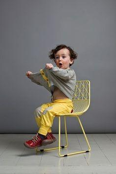 yellow pants- gotta love this http://emilea.be/shop/2751/name-it-erg-fancy-felgeel-gekleurde-broek/