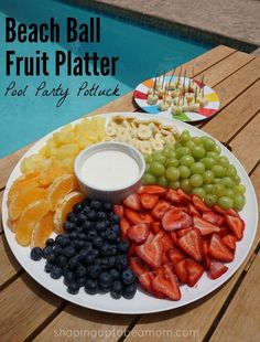Beach Ball Fruit Platter Recipe- be the hit of your next pool party or summer get-together! #ChooseSmart [Ad]