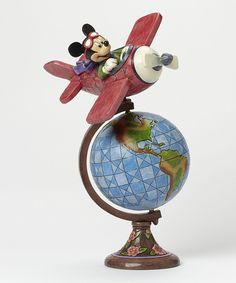 Carry on Disney traditions with Disney statues and figurines by Jim Shore. Shop for Mickey Mouse. Jack Skellington and Snow White figurines. Sleeping Beauty sculpture and more at Disney Store. Disney Collectibles, Mickey Y Minnie, Disney Mickey Mouse, Minnie Mouse, Jim Shore Disney, Disney Parks, Walt Disney, Disney Deals, Figurine Disney