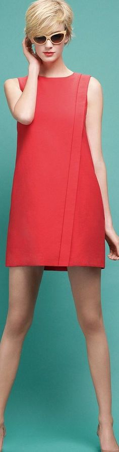 You can't go wrong with a simple (but bold) red shift dress for summer! Paule Ka