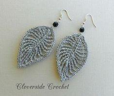 crochet leaf earrings by cloverside on Etsy Knitting TechniquesKnitting HumorCrochet PatternsCrochet Scarf Crochet Jewelry Patterns, Crochet Earrings Pattern, Crochet Bracelet, Crochet Accessories, Crochet Motif, Crochet Designs, Tatting Earrings, Leaf Earrings, Diy Earrings