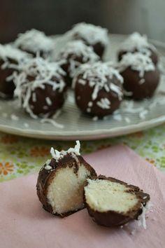 Melbourne AIP Foodie: Bounty Balls (Coconut Truffles) - AIP, Paleo