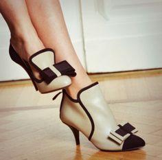 Tacchi bassi: cinque motivi per cui sceglierli #scarpe #fashion #shoes #ojour