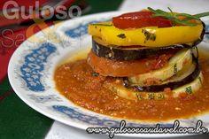 Para o #jantar temos o Ratatouille no Forno pode-se saborear quente ou frio como refeição leve ou como acompanhamento em qualquer dos casos é delicioso! #Receita no link => http://www.gulosoesaudavel.com.br/2013/11/05/ratatouille-forno/