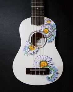 Hand painted custom daisy/forget-me-not ukulele. Ukulele Art, Cool Ukulele, Ukulele Songs, Guitar Art, Acoustic Guitar, Ukelele Painted, Painted Guitars, Ukulele Design, Cool Stuff