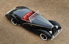 This Figoni & Falaschi 1938 Delahaye 135 MS Competition Cabrioletwas sold by RM-Sotheby's in 2010 in...