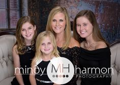 Mother-Daughter! #mom #familyportraits #mindyharmon #mindyharmonphotography