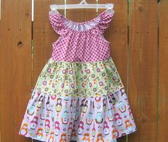 Girls Dress Matryoshka Size 4  $35 Girls Dresses, Summer Dresses, Quilt Making, Quilts, Stitch, Trending Outfits, Party, Vintage, Etsy