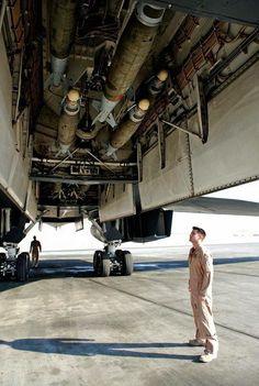Amazing facts about Rockwell B-1 Lancer - Crew Daily