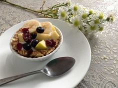 Mini Fruit Parfait Pie! Granola for your yogurt? Nope.. Yogurt for your Granola ! .. Almonds + Nuts + Oats + Honey + Peanut Butter, add some Greek Yogurt and the seasonal fruit that you love