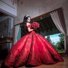 royal_red_quinceanera_dress.jpg 1,066×1,066 pixeles