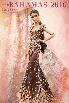 Miss Beauty Doll Bahamas 2016 Barbie Gowns, Barbie Clothes, Barbie Outfits, Doll Dresses, Fashion Royalty Dolls, Fashion Dolls, Barbie Miss, Poppy Parker, Beautiful Barbie Dolls