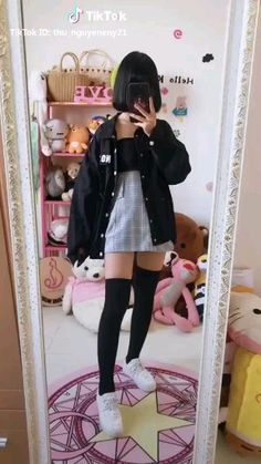 Discover recipes, home ideas, style inspiration and other ideas to try. Kawaii Fashion, Cute Fashion, Asian Fashion, Grunge Outfits, Girl Outfits, Fashion Outfits, Womens Fashion, Mode Kawaii, Plaid Pleated Skirt