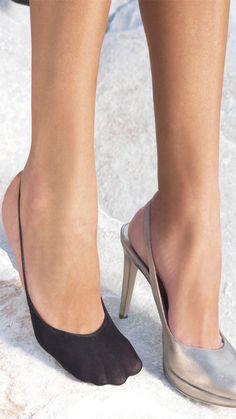 Cotton blend slingback toe liners
