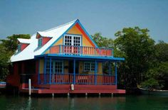 Beautiful Boat Houses | Crazy pics# Puerto Rico, Boat Pics, Home Catering, Houseboat Living, Water House, Floating House, Water Crafts, Beautiful Islands, Natural Wonders