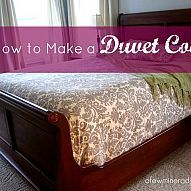 How to Make A Duvet Cover with fabric and a flat sheet Can't find just the right bedding for your room? Why not make it then? Here is a tutorial on home to make a duvet cover...