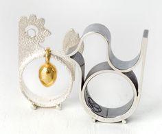 Hen and bird rings ~ Dorte Lausten