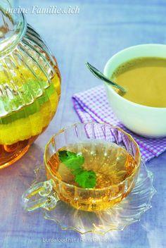 Was gibt es schöneres, als nach einem Herbstspaziergang an der frischen Luft zuhause gemütlich eine Tee zu trinken. Ob ostfriesisch herb oder fein abgestimmt mit Aromen aus dem Orient.  http://www.daskochrezept.de/meine-familie-und-ich
